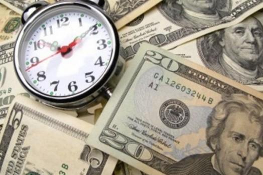 доллар с часами