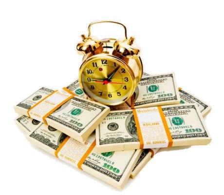 будильник с долларами