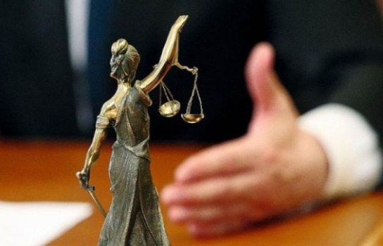 решить проблему через суд